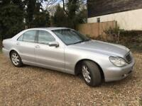 CHEAP MERC S 320 PETROL AUTO - LOOKS AND DRIVES GREAT - MERC SERVICE HISTORY & LONG MOT