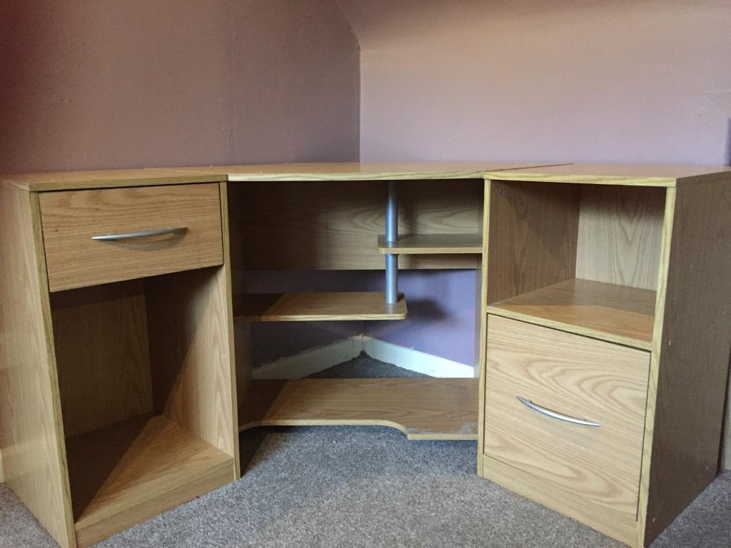 wooden corner desk. Wooden Corner Desk
