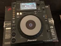 Pioneer CDJ-900NXS (Excellent as new condition)