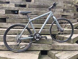 "Giant Escape Commuter/City/Hybrid Bike - great condition - suitable for 5'7"" - 5'10"""