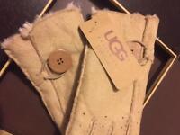 UGG winter gloves