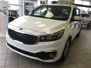 2015 Kia Sedona SXL - No Accident, Full Warranty, FULLY LOADED!