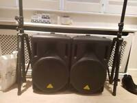 2 × 1000w Behringer Speakers with stands