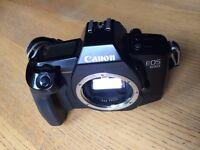 Canon Eos 650 film camera body and Samsonite bag