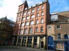 1 bedroom flat in Waterloo House, Newcastle Upon Tyne, NE1 (1 bed) (#1103485)