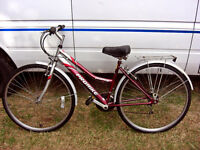 LADIES HYBRID BIKE 18 SPEED SHIMANO GEARING NEW CABLES JUST FITTED