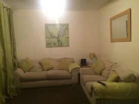 5 Bedroom Flat to share for Post Graduate/Professional