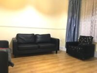 HUGE 4 BEDROOM HOUSE IN UPTON PARK! 5 MINS FROM STATION*** ONLY £1800***DSS ACCEPTED!!!