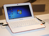 "SAMSUNG NETBOOK NF110, 10.1"", WHITE KEYBOARD. GORGEOUS"
