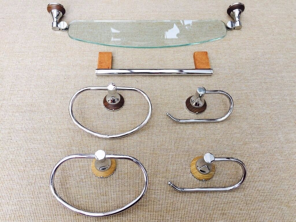 Cooke & Lewis Bathroom Fittings