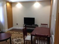 3 Bedrooms Flat in Bayswater, W2 6EW (Student Accommodation)