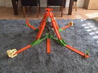 Hot wheels Volcano Blast Track Builder Set
