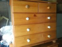 Pine chest of 5 drawers (2+3)