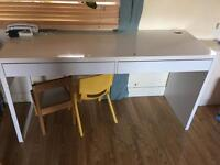 Ikea desk 25£ bd18