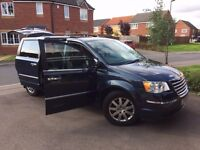 7 Seater AUTOMATIC - DIESEL - TOP SPEC