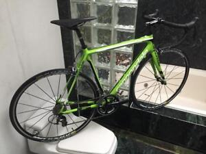 BRAND NEW (SIZE 54cm) CANNONDALE SUPER SIX EVO CARBON ULTEGRA ROAD BIKE