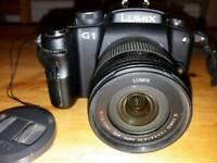 DSLR Camera - Panasonic Lumix DMC-G1