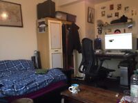 Large Double Room for Short term in Hackney Central £480pm