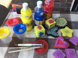 Kids Poster Paints & Stencils