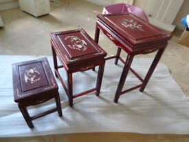 Oriental Chinese Side Tables Nest of 3 in Red Lacquer with Mother Of Pearl
