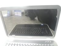 Dell Inspiron 7520 Laptop with case and charger