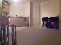 Modern ground floor apartment to rent, 2 beds, available asap, 5 mins walk from town centre