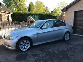 Stunning 3 series BMW, black leather interior, full service history, parking sensors, new tyres