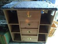 Freestanding central unit for kitchen. 4 large drawers with brass handles. Shelving. Marble top.