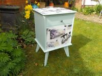 Shabby chic vintage retro cabinet/lamp table