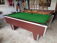 Challenger slate bed pool table with cues and balls
