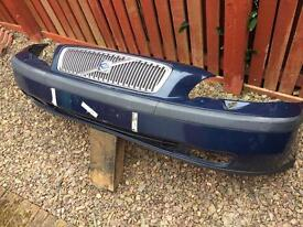 Volvo V70 Mk 2 (2000-2005) front bumper with grill