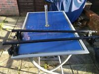 Halfords lockable roof bars with 2 keys