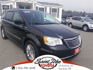 2015 Chrysler Town & Country Touring-L with DVD $179.22 BIWEEKLY