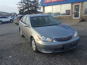 2006 Toyota Camry LE - FREE NEW WINTER TIRE PACKAGE INCLUDED London Ontario image 3