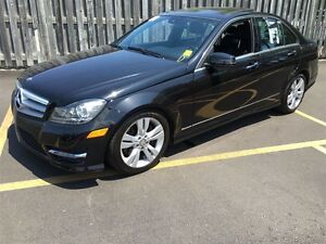 2012 Mercedes-Benz C-Class C300, Automatic, Leather, Sunroof, AW