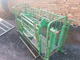 Tubar sheep turnover crate farm livestock tractor