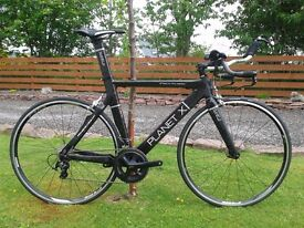 Planet X Stealth Time Trial Triathlon Bike - Carbon Frame and Fork Shimano Ultegra 105 Mix, 11Speed
