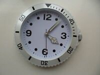 A white bedroom Clock!! With watch face style!!
