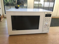 Panasonic 23L microwave in excellent condition