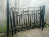 kingsize metal bed frame very good condition