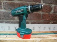 Makita 18 volt cordless hammer drill / driver Model 8390D In used condition and working order