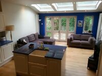 2 Double rooms in Wimbledon Park area awesome South African houseshare