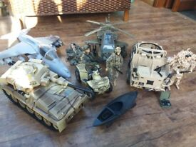 Action man vehicles and men, excellent condition. Big complete set.