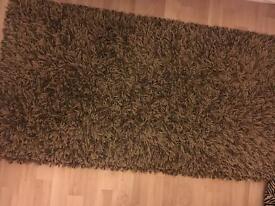 Shaggy rug - chestnut brown