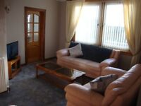 FULLY FURNISHED 3 DOUBLE BEDROOMED FLAT