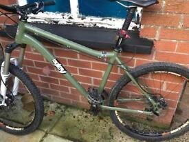 Ragley M74 mountain bike