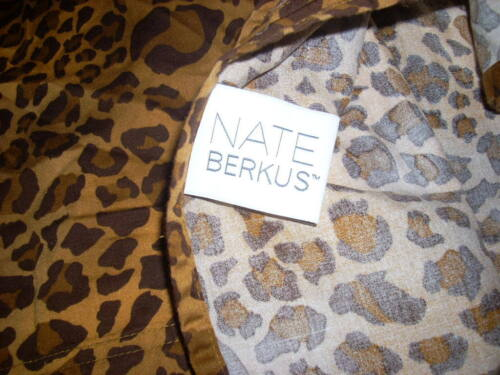 NATE BERKUS Queen Fitted Sheet Leopard Animal Print 100% Cotton Sateen EUC NICE