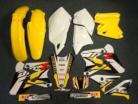 New DRZ 400 S E SM 00-17 PTS Graphics & Plastic Kit DRZ400 Yellow/White Plastics