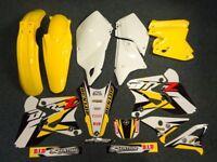 New DRZ 400 S E SM 00-17 PTS Graphics & Plastic Kit DRZ400 Yellow/White Plastics