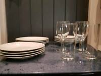 12 piece dinner set 4 glasses (plates)
